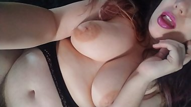CHUBBY GIRLFRIEND SENDS YOU VIDEO OF HER SQUIRTING HAIRY PUSSY