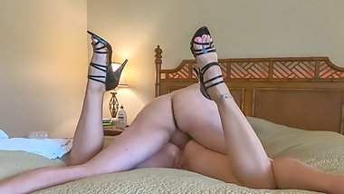 HIGH HEELED HEDONISM E02: Milf Anal In Black