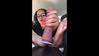 Latina car footjob