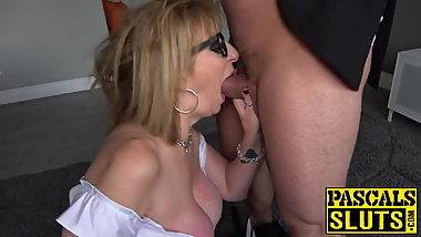 Submissive MILF from Britain enjoys rough bang session
