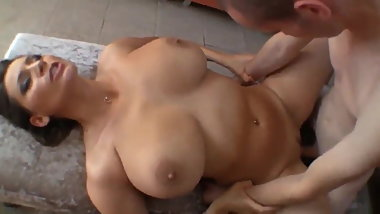 Sexy Stepmum Can Not Resist Big Cock