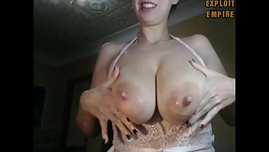 SQUIRTING MILK FROM A SWEET SAGGY TITS