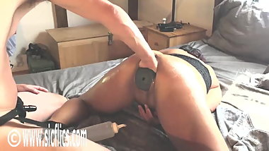 Fisting Her Pussy With a Giant Butt Plug Inside