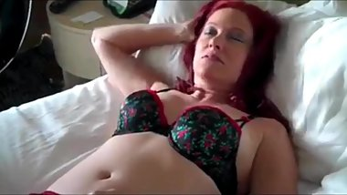 Sexy mature redhead MOM likes hot fuck