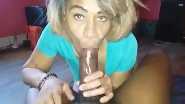 Mature bitch cheating by eating the dick up