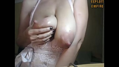 MILF squirt milk amazing milking tits
