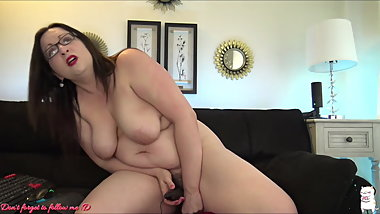 Bella mature ride on dildo and multi orgasms